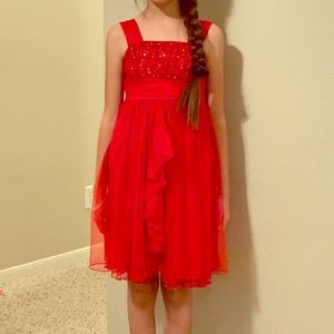 Sequined red lace dress